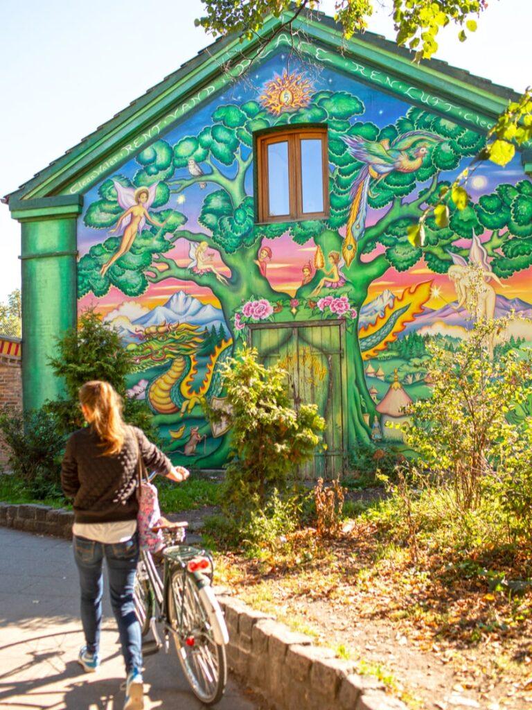 La Street Art: uno sguardo diverso su una capitale del Nord