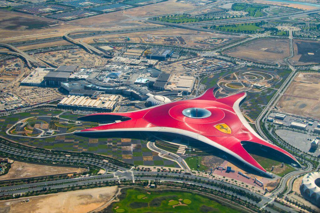 Ferrari World Abu Dhabi - vista dall'alto